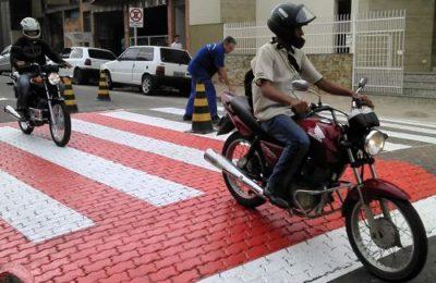 As lombadas do tipo traffic calming construídas recentemente na cidade de Muriaé - MG fonte: Gazeta de Muriaé