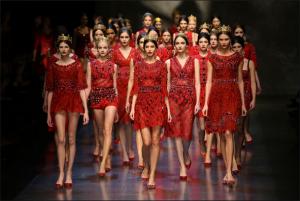O Museu Metropolitano de Arte de Nova Iorque disponibilizou 10 livros sobre moda para download!