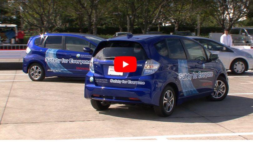 Honda cria sistema faz carro manobrar e procurar vaga sozinho