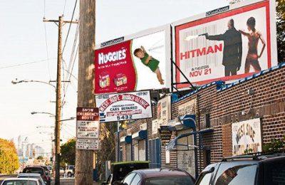 Outdoor do Burger King e ao lado outro: uma a cada três pessoas na Lousiana