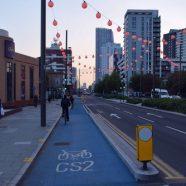 Londres testa semáforo que dá preferência ao ciclista