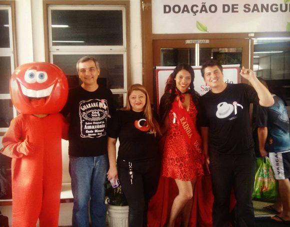 'Bloco do Caboclo Bom de Sangue promove solidariedade em Manaus