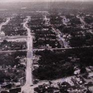 Praça 14 em 1952. Foto: Correa Lima Os números indicam o nome das ruas: Tarumã-2, Joaquim Nabuco – 5, Major Gabriel 4