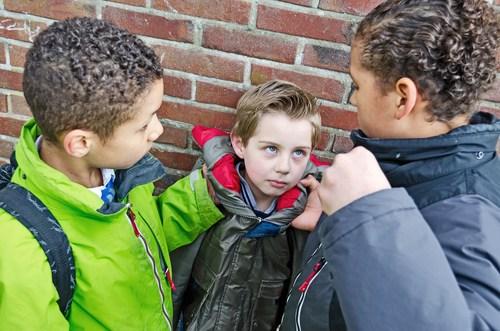 Entra em vigor lei de combate ao bullying nas escolas