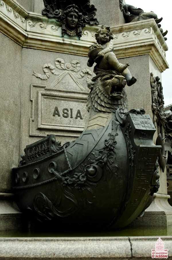 Detalhes Monumento à Abertura dos Portos em Manaus - Barco Ásia / Foto : José Hilton Pereira da Silva