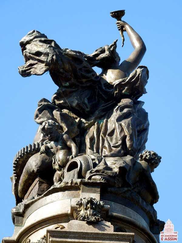 Detalhes Monumento à Abertura dos Portos em Manaus / Foto : Marcus Pessoa