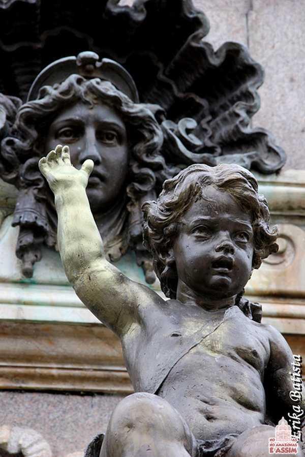 Detalhes do Monumento a Abertura dos Portos em Manaus / foto : Erika Batista