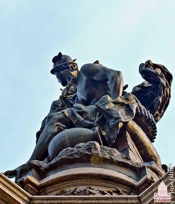 Detalhes Monumento à Abertura dos Portos em Manaus / Foto : José Hilton