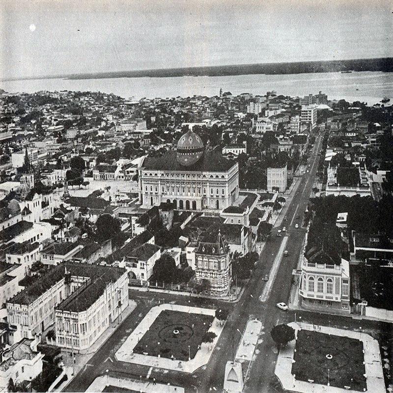 Praça do Congresso. 1960. Manaus. Alguns aspectos da Antropologia Cultural do Amazonas. / Fonte : IDD